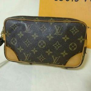 Authentic Louis Vuitton Clutch 👉PRICE FIRM👈